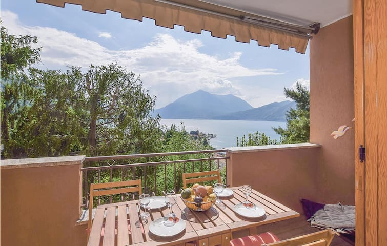 Holiday apartment with 2 bedrooms on 75m² in Bellano (LC)