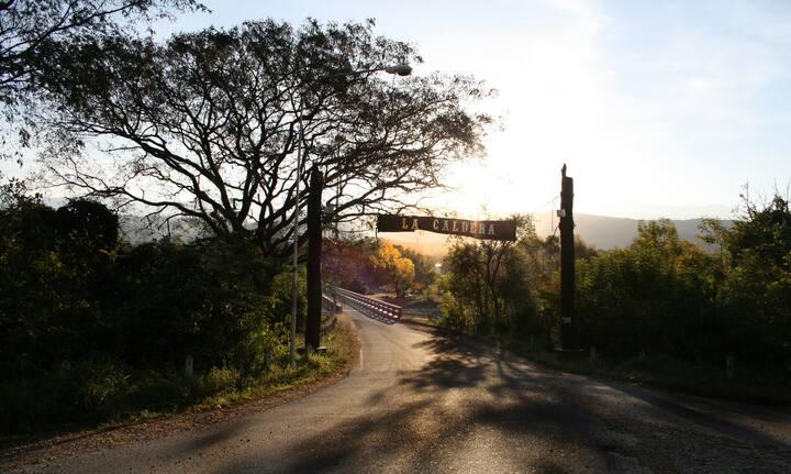 Cabaña de piedra en La Caldera