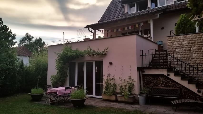 Modernes, exkl. App./Nähe Stuttgart!