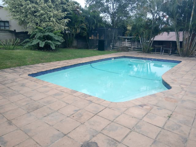 Home away from Home (budget room) - Pinetown - House