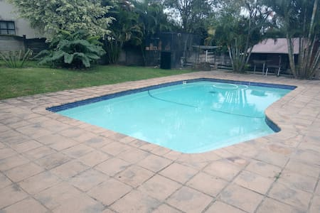 Home away from Home (budget room) - Pinetown - Haus