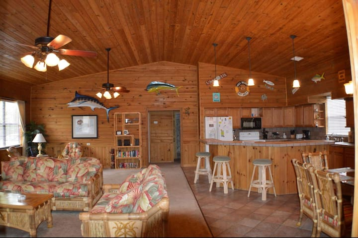 Experience the Keys like a Local at this Spacious Canal Front Home with Dock!