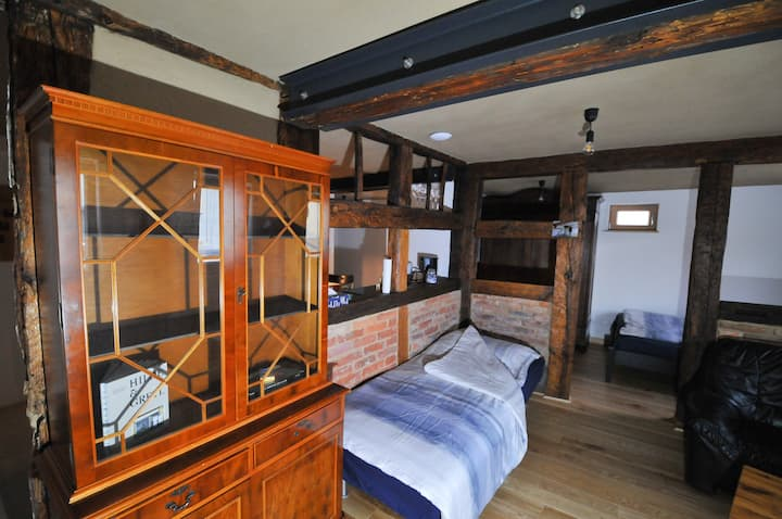 Farm-house apartment with modern amenities