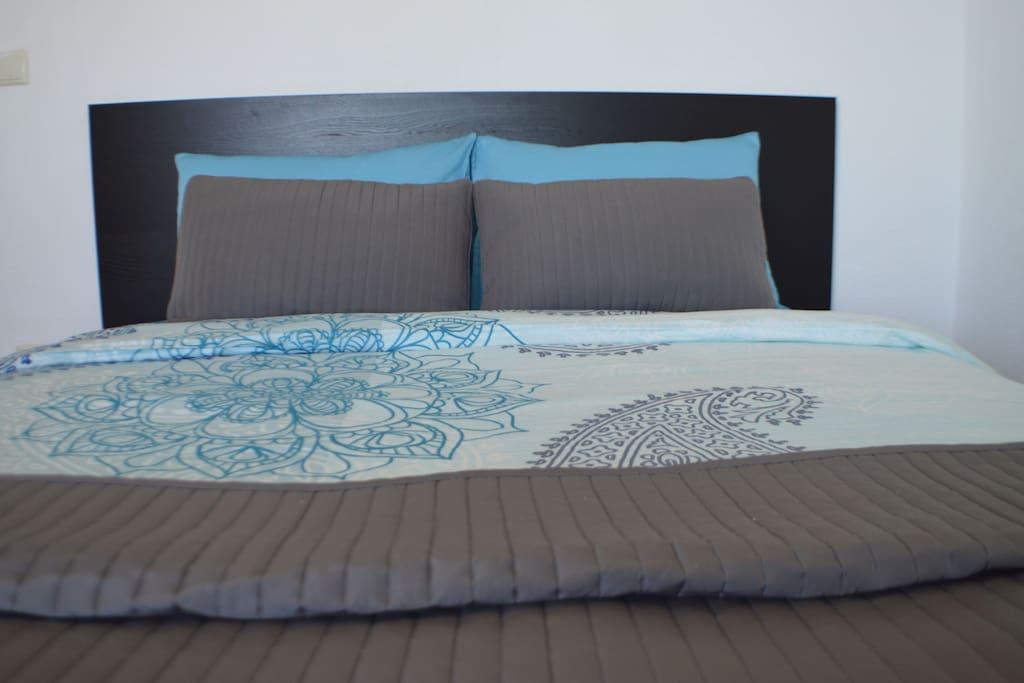 Main Bedroom / Wake up to the serenity of Agean Coast ...