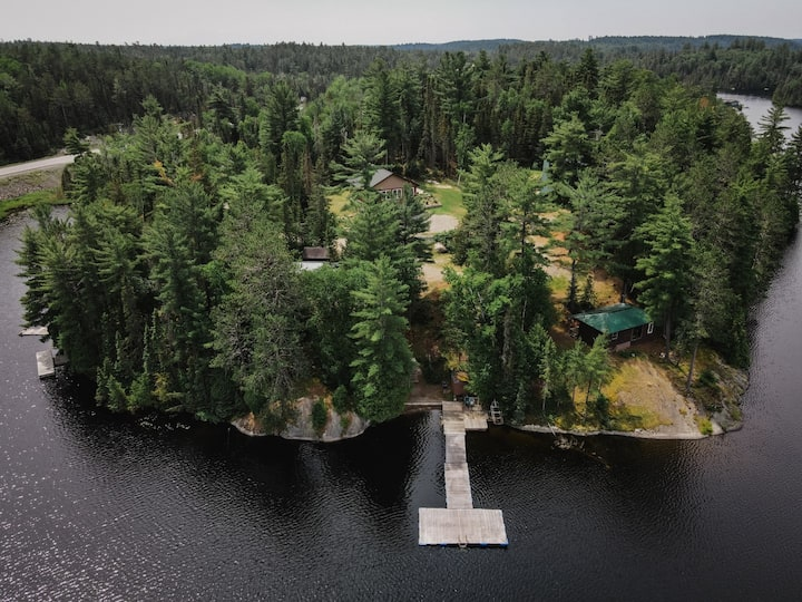 Northern Ontario Private Family Retreat, 5 acres!