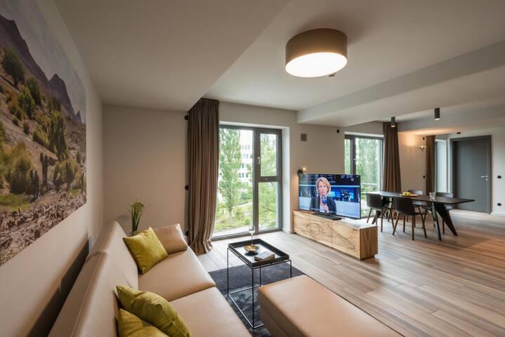 Exclusive Suiten / getrennte Wohn- 2-Schlafzimmer - Aschheim