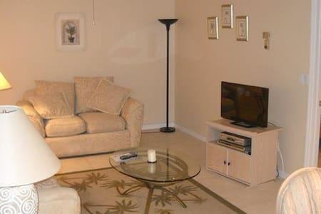 Ideal Location in Bonita Springs - Bonita Springs - Apartment
