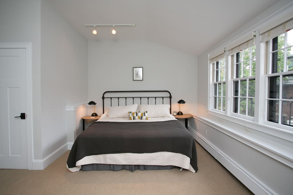 Large, peaceful bedroom sanctuary. Perfect for tired business travelers.