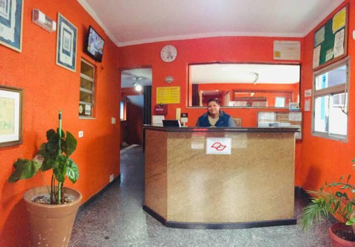 Hotel próx. Rodovia Raposo Tavares, USP e Butantã.