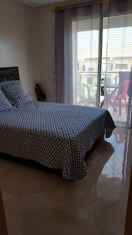 lit double chambre 1
