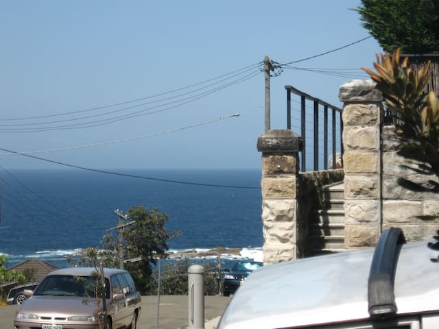 Ocean view, 2 min to Coogee Beach - Coogee