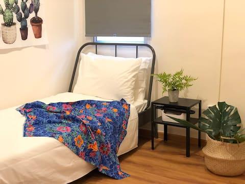 BK Hostel @ City Centre Room C - Single Room
