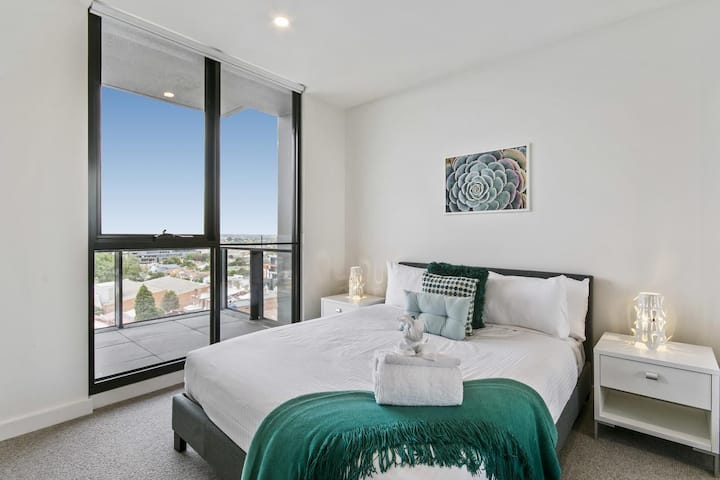 Premier 1 Bedroom Apartment