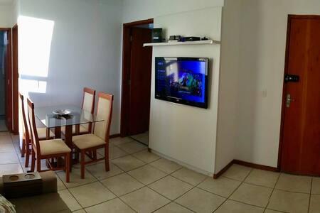 Apartamento Confortável 2 QTS! Ótima Localização!
