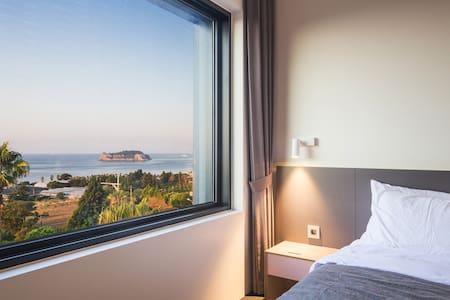 Jeju bricks - Hogeun-dong, Seogwipo - Hotel boutique
