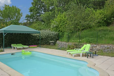 Villa with swimming pool and panoramic view walking distance from Ampus