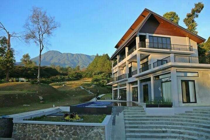 New Villas Mountain view pangrango 4BR cisarua
