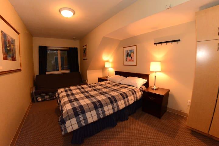 Private Flex Room