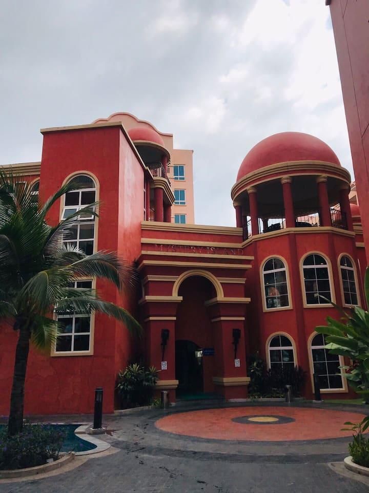 seven seas condo pattaya D209(2nd floor city view)