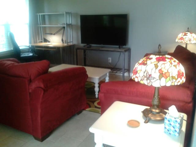Home Away From Home ! with 2 BR, 2 BA, and Parking