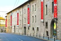 GAMEC Galleria d'Arte Moderna nelle vicinanze