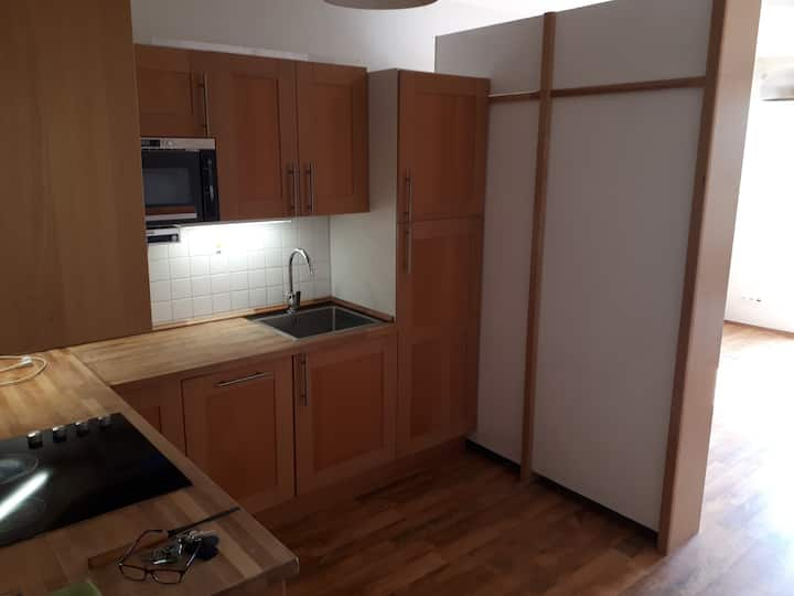 one room spacious apartment with good location