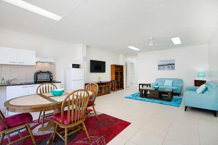 Cairns City Sheridan - Superior Apartment