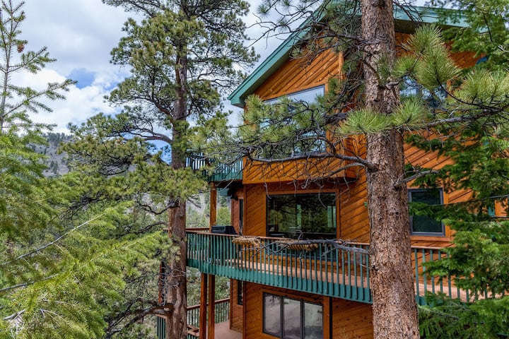[New in 2019!] Next to RMNP with Views & River!