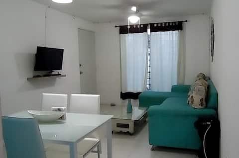 Acogedora y cómoda, Casa Turquesa Cd. Caucel.