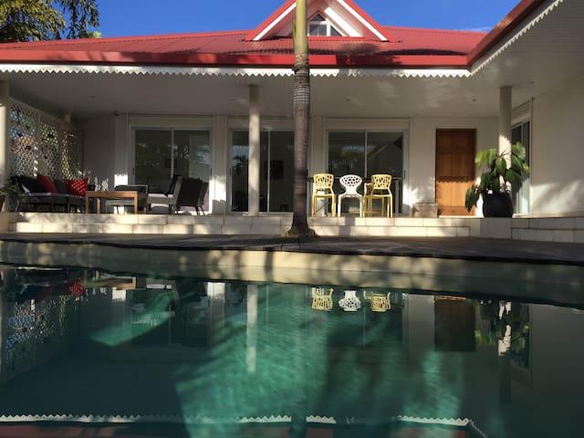 2 Chambres avec sdb privée et piscine