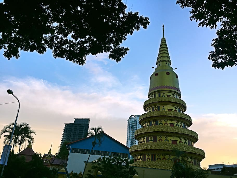 Nice location. We are directly opposite the Sleeping Buddha Temple, 5 mins walk to Gurney Drive.