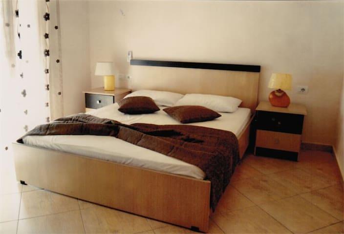 Hotel Ana Permet Double Room