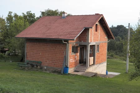 Vacation House in Nature - Donja Perjasica