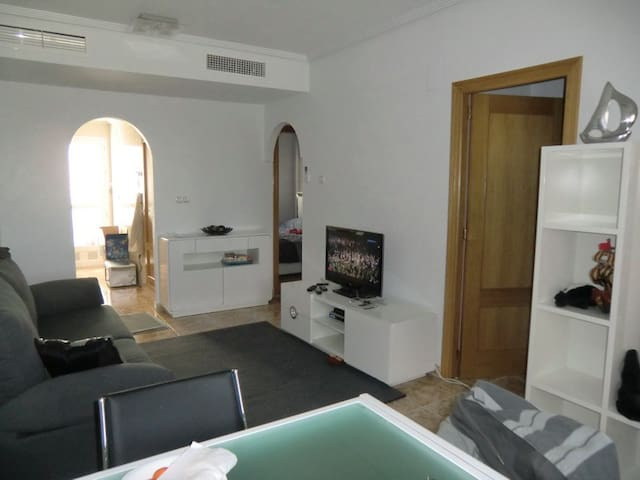 Cozy apartment with 2 bedrooms, shared pool - Orihuela - Apartment