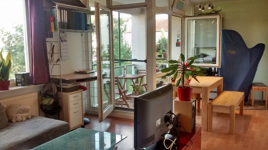 Beautiful apartment between citycenter and airport - Unterschleißheim - Квартира