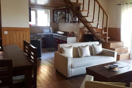 Owl's Nest - Luxury Duplex Villa