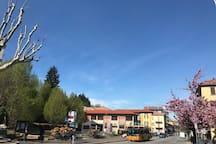 Bus stop  Monte Olimpino n7.  n1