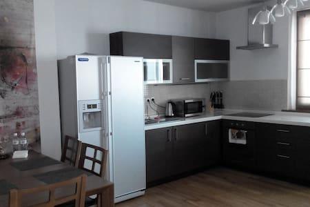 Cuzy 1 B/R apartment
