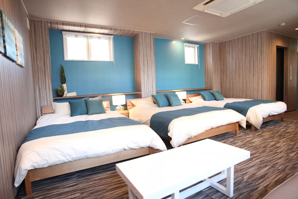 3 comfortable double beds