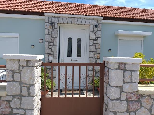 Αnastasias garden house