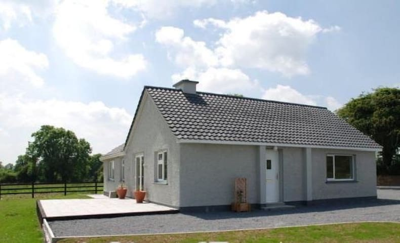 Countryside beautiful bungalow - Colehill - Bungalov