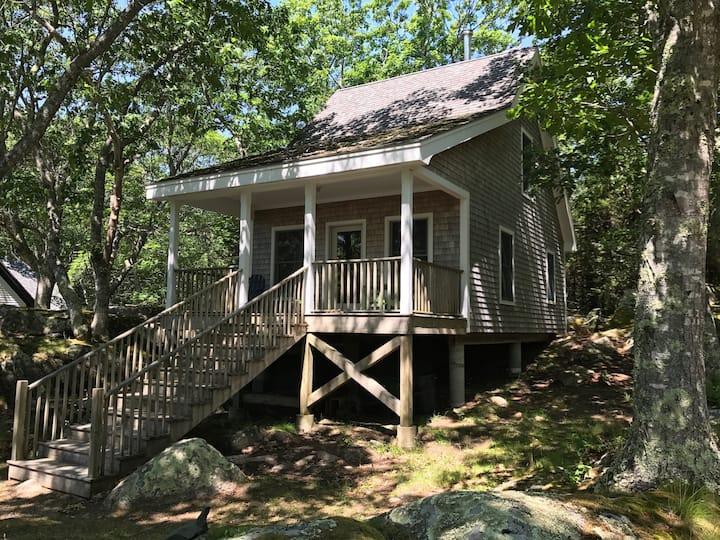 Oceanfront Island Cottage