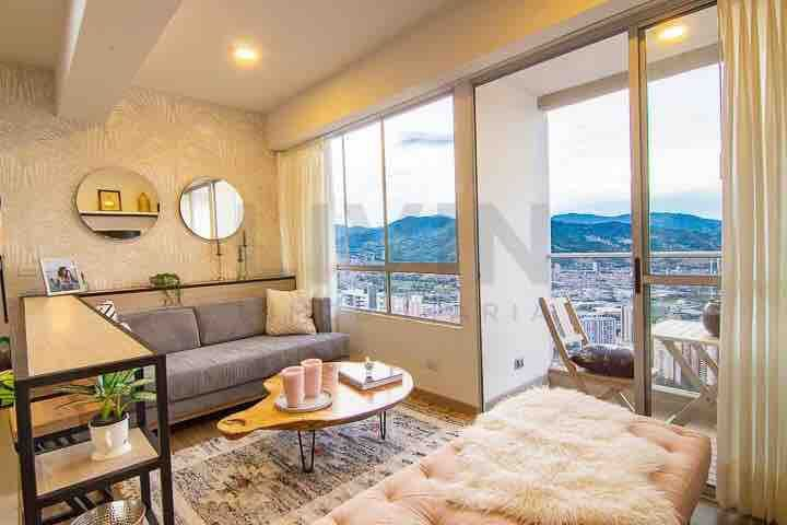 Stylish new apartment with amazing view!