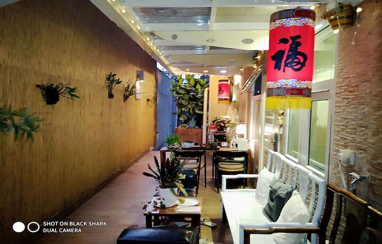 Zen Lotus Garden Apartment