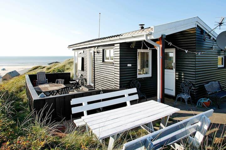 Geräumiges Ferienhaus in Lokken mit TV