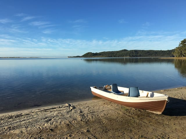 Jacaranda Beach House Smiths Lake