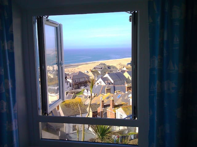 Stunning Sea Views, Portland Cottage, Roof Terrace - Dorset - House
