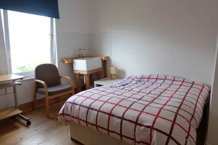 Room with panoramic view Central Newport