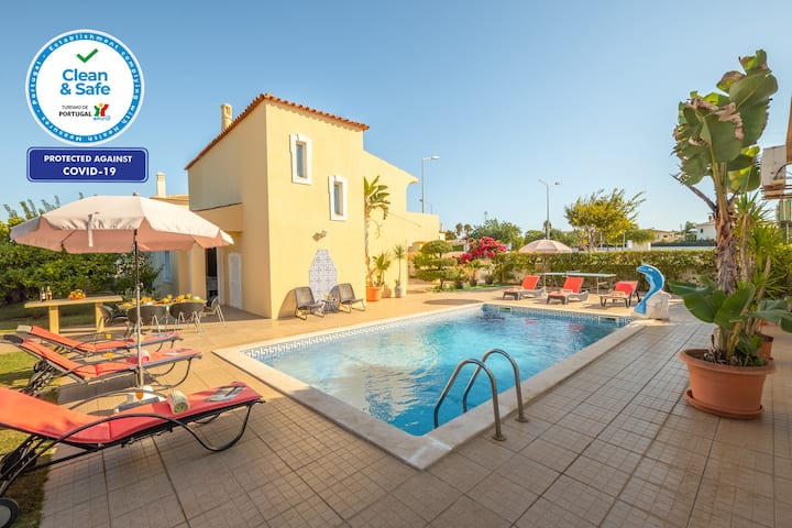 LOVELY VILLA W/ HEATABLE POOL, AIR COND, FREE WIFI