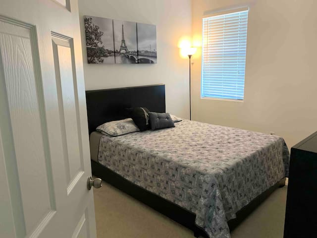 A beautiful bedroom in a preservation community.